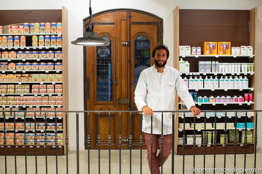 Pierre Cathala, pharmacien à Aigues-Mortes, vous propose sa pharmacie en ligne